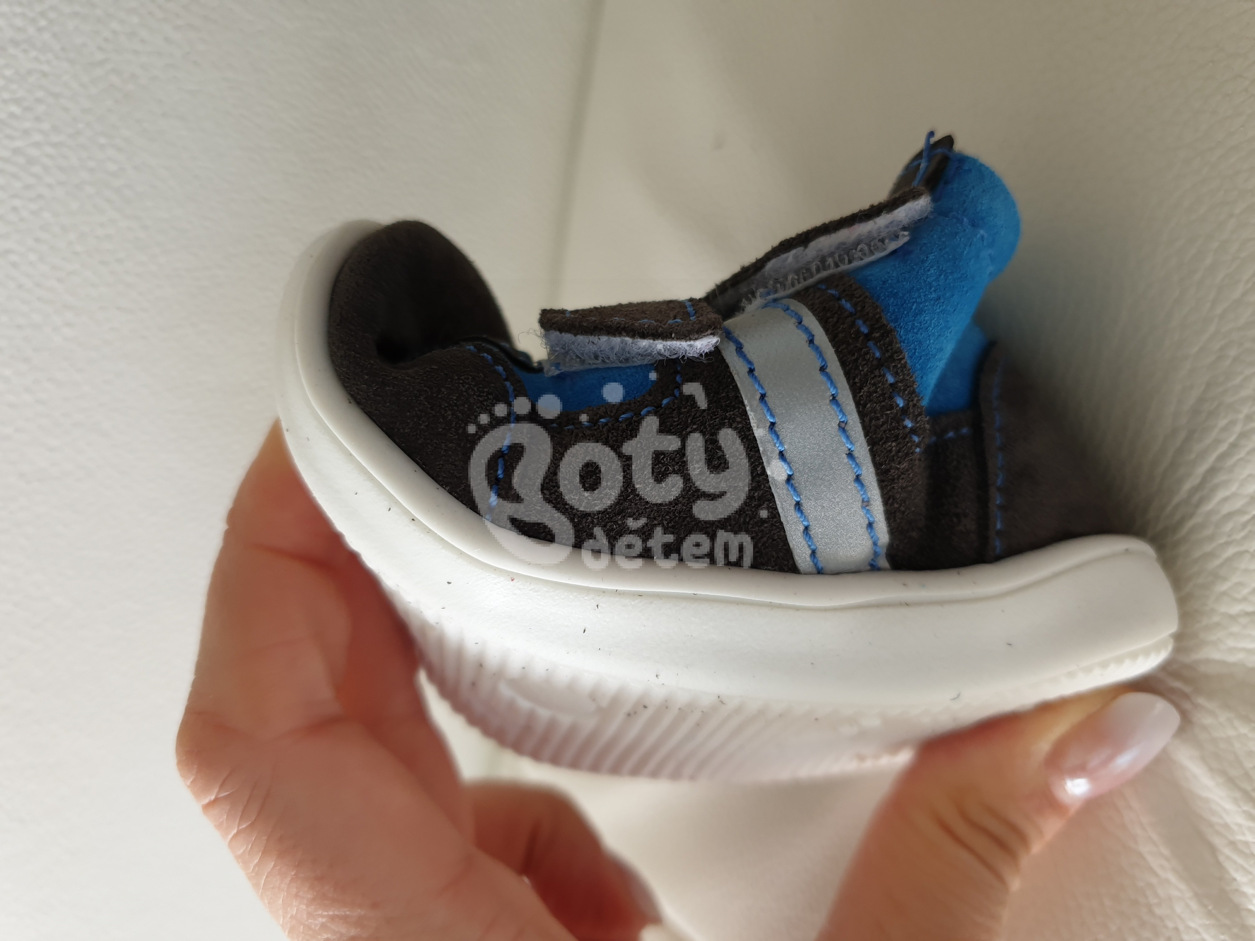 a56bc3ab81e Celoroční kožená obuv Jonap 051 velcro light šedá tyrkys 2 - v ...